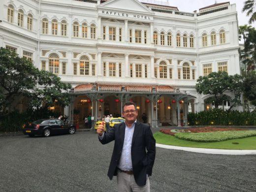 Sista kvällen i Singapore med Singapore Sling och middag på Tiffin Restaurant på Raffels