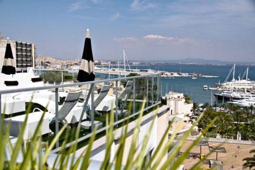 Utsikt från terrassen på HotelFeliz