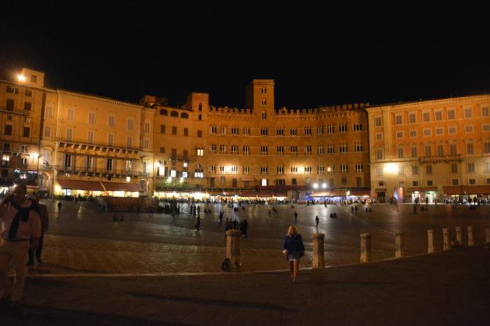 Piazza Il Campo i Siena