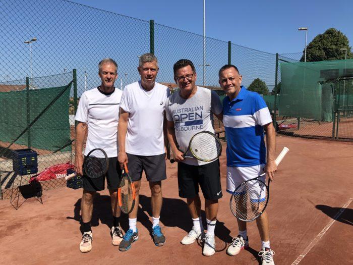 Legenderna Anders Järryd, Jocke Nyström samt Mikael Pernfors i Båstad. Riktigt gott lir!