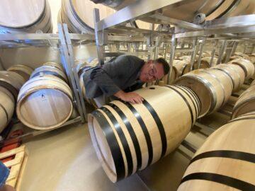 Här lyssnar jag på jäsningen av 2021 Rémirez de Ganuza Reserva Branco från Samaniego - Rioja